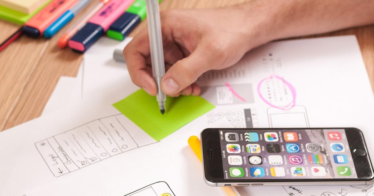 Série Les métiers du numérique<br>L'UX Designer : Humaniser la technologie